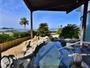 海を眺める温泉大浴場!どこまでも続く空の下、自慢の滑らかな泉質の温泉を心ゆくまでお楽しみ下さい。