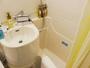 客室のお風呂はユニットバスタイプです、お好きな入浴剤をいれてゆったりリラックス♪