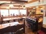 -木に囲まれた食堂-広々とした空間でお食事を!たくさんの屋久杉たちを眺めながら...