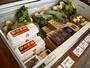 ほぼ毎日徳島から送られてくる新鮮な野菜や名産も販売しています