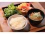 朝食は徳島の食材をふんだんに取り入れた日本食を中心としたブッフェスタイルとなります。