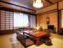 和室10畳 広縁付 【ぬくもり館】-広縁から四季を望む。小グループでのんびりと