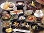 日本で初めての見て食べて美味しい和風会席薬膳。