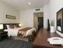レジデンシャルダブルルーム/全室ゆとりの26平米。ベッドサイズは150cm×200cmで二人でもゆったり♪