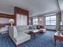 【プレミア海峡スイート】68平米の広々とした客室。