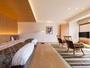 16室広々露天付客室&【NEW】敷島和洋室の窓からは木のギャラリー