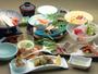 *長良会席 -地元の旬の食材を活かした四季折々の料理をお楽しみください-