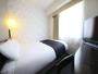 セミダブルルーム(広さ9平米/ベッド幅120cm×1台)