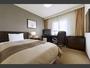 17平米 横幅120cmの広々セミダブルベッドをご用意