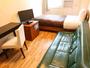 ソファー付シングルルーム:ベッドサイズ100×195/広さ14平米/定員1-2名