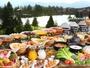 ご朝食バイキングは最上階レストランで。庭園と蓼科湖を眺めながらたっぷりお召し上がりください♪