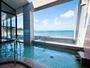 眺めが抜群の露天風呂は、館山湾から向かいに三浦半島。天気がよければ富士山まで一望できます。