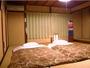デラックスルーム書道教室に使われていた床の間付きの10畳和室(1階/2階)