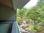 【露天風呂】朝里川の木々の緑がまぶしい。
