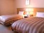 ツイン★客室一例★広々とした空間でおくつろぎくださいませ♪(23.5平米、ベッド幅120cm)
