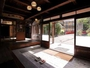 群馬県登録文化財指定の「積善館本館」玄関です。