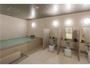 1日の疲れを癒してくれる、清潔感のある大浴場。