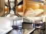 上:ドミトリールーム 下:各個室