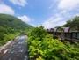 国立公園内にある奥入瀬渓流沿いに佇む、国内唯一のリゾートホテル