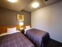 ツインのお部屋はお週末は特に早めにご予約くださいませ。ベット゛サイズ 110X195