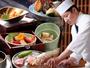 近江牛の水晶プレート、湖魚の炭火焼きや彦根八寸の日本料理をお愉しみいただけます。
