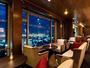 最上階バー「ワンファイブ」からの眺めは最高です!