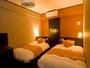 ◆ツイン 21平米 トイレ、シャワーブース付 ベッドサイズ110cm×200cm、100cm×200cm