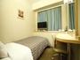 シングルルーム(バスなし・トイレ付)9平米全室有線・無線LAN接続無料。