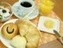 全プラン無料朝食パン&ドリンク付きです。オススメは数量限定!手作りジャム☆是非ご賞味下さいませ。