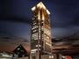 全室高層26階以上・阪急「大阪梅田駅」より徒歩約3分の好立地。