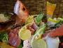 地元の漁港から水揚される新鮮な魚介類をふんだんに盛り込んだ船盛※別注品・要予約