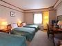 トリプルルーム(例)セミダブルサイズ(幅120cm)ベッドが3台で広々♪
