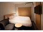 ダブルルーム 160cm×200cmの日本ベッド 43型androidテレビ