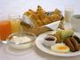 朝食はバイキングスタイル♪(洋食盛り付け例)