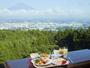 富士山を眺めながらの朝食は朝から一日の活力を充足させます。
