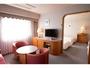 4ベッドルーム(リビング)4ベッドの寝室とリビングが分かれております。