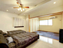 【客室2LDK】明るく開放感のあるベッドルームでお休みいただけます!