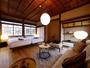【スーペリア/4名様定員(YATA101)】伝統的な床の間と違い棚が日本の美を象徴する一部屋