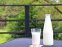 朝食にお出ししてますガンジー牛乳