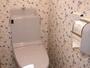 パブリックトイレ。温水洗浄便座装備。