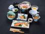 *【夕食一例】近所の農家でとれる高原野菜や山菜などを使った和食膳。