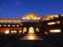 日本の夕陽百選 名勝慶野松原に佇む浜辺の離宮