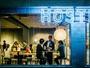 「居酒屋BUNKA」では日本各地のこだわりの日本酒やお鍋やおばんざいをお楽しみにいただけます。