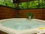 朝もやの中、野鳥の声に包まれての入浴で至福の時を!