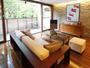 【スタンダードA】リビングルームとベットルームを隔てる空間が、空間としての汎用性を高めています。