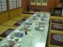 宴会用の夕食。四季を通じて旬の料理を提供する。