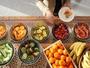 女性に嬉しいフルーツがたくさん!ご朝食は3層吹き抜けのレストラン『グランカフェ』で