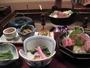 個室囲炉裏端での夕食(一例)