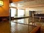 【和風大浴場】徳島産檜の湯が楽しめます。天然温泉かけ流しです。