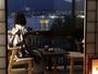 海側のお部屋は市内の夜景が一望できます